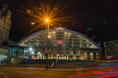 Lime Street Station (Tony Shertila) Tags: 20170128205306 centralward england gbr liverpool unitedkingdom geo:lat=5340755564 geo:lon=297985911 geotagged europe britain merseyside limestreet station britishrail weather night clear street road lighttrails beatles