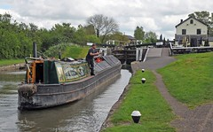 Parking the barge (Vee living life to the full) Tags: shootaboot1 2015 thethreelocks canal grandunion locks barge narrowboat sailing overflowing plants speedwel nettle people crossing unlocking cabin throwing rope bargee bedfordshire buckinghamshire nikond300 parking mooring water still