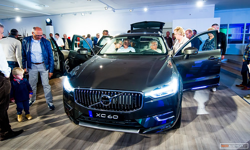 Volvo Sneak preview XC 60