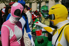 IMG_3878 (leroux.maximilien62) Tags: caen france normandie normandy calvados carnaval costume cec20 carnival karneval colorful faceless bouteille flasche bottle masque maske mask