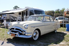 1953 Packard 8 Clipper 2 Door Sedan (Gerald (Wayne) Prout) Tags: 1953packard8clipper2doorsedan 2017winterfloridaautofestlakeland lakelandlinderregionalairport cityoflakeland polkcounty florida usa prout geraldwayneprout canon canoneos60d 1953 packard clipper sedan 2door 2017 winter autofest lakeland linder regional airport classic historical antique vintage automobile