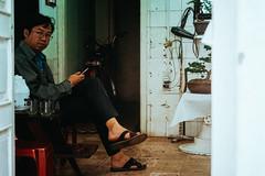 _DSC4931 (Tiến Long) Tags: street life streetlife black blackandwhite white dalat đà lạt vietnam việt nam old market streetseller seller work