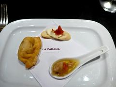 photo - Starter, La Cabaa, Buenos Aires (Jassy-50) Tags: argentina soup restaurant buenosaires starter beef parrilla appetizer puertomadero empanada crostini lacabaa lacabana argentinebeef