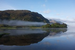 Morning mist clearing over Loch Shiel, Glenfinnan (matthews32) Tags: scotland lochshiel glenfinnan scotchmist