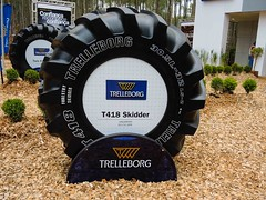 Trelleborg Forestry Tires at Expoforest 2014 in Brazil (TrelleborgAgri) Tags: brazil forestry twin tires tyres pneumatici trelleborg skidder exibitions forestali