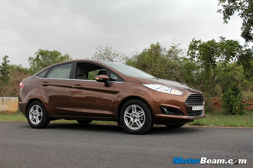 2014-Ford-Fiesta-23