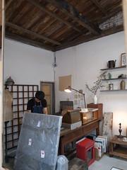 Delicate (Vintage Store) (slowpoke_taiwan) Tags: city vintage japanese store antique taiwan 106 taipei delicate  taipeicity vintagestore        delicate 106346 346