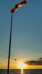 Eine Hose am Pfahl (phboehm) Tags: sunset deutschland warnemnde sonnenuntergang balticsea ostsee rostock mecklenburgvorpommern