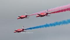 RED ARROWS (john smitherman-http://canaviaaviationphotography.) Tags: plane canon hawk aircraft aviation jet hawktrainer redarrows aerobatics displayteam 1dmk4 riat2014