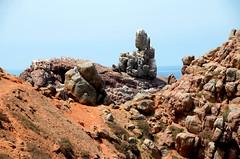 Mirleft, rotsformatie, Marokko april 2014 (wally nelemans) Tags: morocco maroc marokko rockformation 2014 mirleft rotsformatie mirhleft