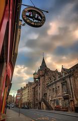 The Canongate Tolbooth, The Royal Mile Edinburgh (MilesGrayPhotography (AnimalsBeforeHumans)) Tags: uk sunset clock architecture canon landscape eos scotland edinburgh close britain sigma royalmile canongate tolbooth auldreekie 70d hsm 1770mm canoneos70d canon70d