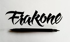 Frakone brush