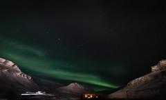 Aurora Borealis (Steven-CH) Tags: polarnight svalbard stars mountains canon town snow norway eos5dmarkiv sarkofagen travel spitsbergen hdr auroraborealis polarlight longyearbyen northernlight europe night valley svalbardandjanmayen sj