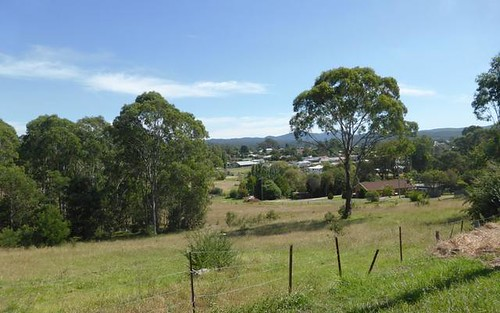 27 Lagoon Street, Moruya NSW