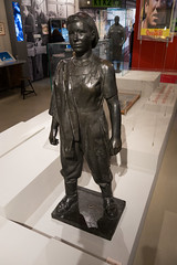 A hero of socialist labour (quinet) Tags: 2016 berlin eastgermany gdr museuminderkulturbrauerei germany