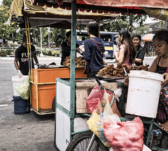 Chicken Sellers (Beegee49) Tags: street vendors selling fried chicken bacolod city philippines