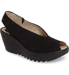 "Fly London Yazu sandal black • <a style=""font-size:0.8em;"" href=""http://www.flickr.com/photos/65413117@N03/33170493510/"" target=""_blank"">View on Flickr</a>"