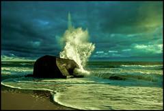 Atlantikwallbunker (angelofruhr) Tags: supershot beach