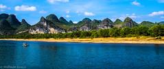 Li river (Chine) (TravelerRauni) Tags: asie chine continentsetpays bleu couleurs paysage riviere nature