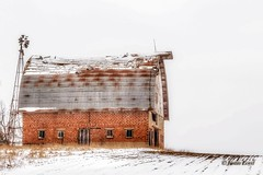 Old Brick Barn (Justin Loyd Photography) Tags: iowa brick snow country rural barn old classic flickr monday march winter cold scenic hill windmill barnyard farm farmyard canon eos 24105l 6d fild