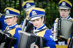 Accordion Player (pepsamu) Tags: mayobridgeband mayobridge band rose tralee roseoftralee banda música music paradeband parade desfile acordeón accordion eire irlanda ireland 2016 summer marchingband marching uniform player players