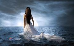 Carlos Atelier2 - Noite ao mar (Carlos Atelier2) Tags: carlos atelier2 mulher mar noite lua luar