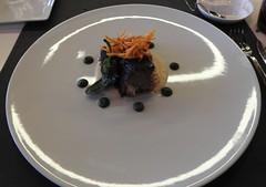 Radiografia de un almuerzo.-Lunch Radiography .- Tasting menu. (loadmaster_b707) Tags: ternerachuleta tuberculo crujientes vealchop tubercles crispy