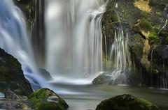 Au plus près (paul.porral) Tags: eau cascade watterfall rhônealpes
