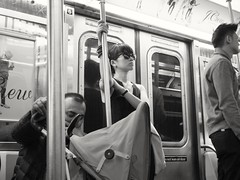 New York subway vibes (52er Bild) Tags: newyork subway street udosteinkamp brooklyn bw people metro pentax q10 usa monochrom 50mm leute urban united states hip frau mode nice nyc city woman citylife