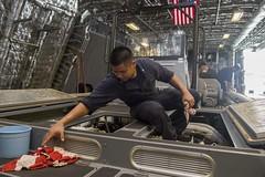 170421-N-PD309-011 (U.S. Pacific Fleet) Tags: usscoronado lcs4 littoralcombatship desron7 destroyersquadron7 ctf73 pacificocean changi asiapacificrebalance singapore navy sailors usn maidendeployment underway