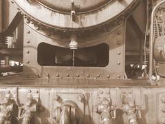 131.060 - Kunst 4 (Painting - Malen - Zeichnen) Tags: 131060 dampflok rumänischedampflok kunst künstlerischeveränderung bildbearbeitung farben wärmebild bleistift neon sepia 3fachhdr hdr