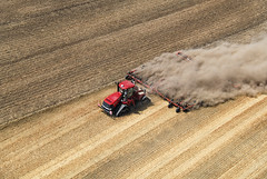 Case IH Quadtrac 600 with cultivator (Case IH Europe) Tags: tractor photo farm air farming tracks case 600 agriculture cultivation ih caseih quadtrac