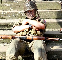 Haworth 1940's Weekend 2014 -  IMG_9374 (grab a pic) Tags: uk england man canon vintage soldier army eos war uniform military yorkshire wwii 1940s 7d ww2 airborne reenactment aa westyorkshire homefront worldwar2 oldfashioned usarmy allamerican haworth livinghistory 2014 warweekend 82ndairbornedivision brontecountry haworth1940sweekend