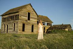 Ashley (austinspace) Tags: sunset portrait woman house abandoned farmhouse washington spokane dress dusk blond blonde homestead magichour palouse oakesdale