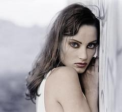 Portret van Froukje, 1 van de velen - gemaakt voor haar portfolio. Ze wilde model worden en dat is gelukt.