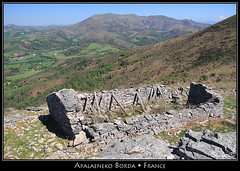 Apalaeneko Borda (HimalAnda) Tags: mountain france montagne ruin ruine euskadi paysbasque eos70d stphanebon