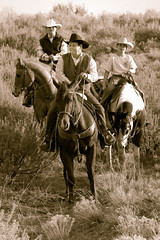 Magna Horses-32 (RedVideo) Tags: horses horse west cowboys caballo utah cowboy lifestyle western chamber cavalo scenics magna 2007  oeste vaqueiro     redvideo