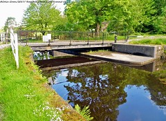 Warland Swing Bridge 41 on the Rochdale Canal at the Summit. (Photographs by Colin.) Tags: bridge boat canal duck lock path summit waterway towpath rochdale littleborough cglitsum cgroccan