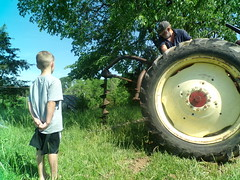 Cheryl Schulte - Fencepost Hole Digging 101 (Missouri Agriculture) Tags: boy tractor youth fence john hole post digging young teaching deere
