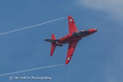 Red Arrows Folkstone Airshow (Ian Wallin Photography) Tags: plane canon aircraft airshow redarrows raf canon5dmkiii follkstone