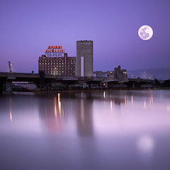 Full_moon (Geoff  RT Ficiel ) Tags: city light sunset moon mill sign river industrial montreal landmark basin fullmoon bluehour peel reflexion farinefiveroses supermoon