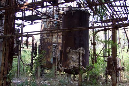 Union-Carbide-Factory-2