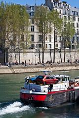 River Traffic (ClydeHouse) Tags: paris france bourbon pniche 75004 iv barge 4e byandrew lesaintlouis quaidebourbon