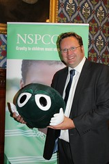 """Stephen Mosley MP meets the NSPCC and the Childline Schools Service to help children stay safe from abuse. • <a style=""""font-size:0.8em;"""" href=""""http://www.flickr.com/photos/51035458@N07/14550124504/"""" target=""""_blank"""">View on Flickr</a>"""
