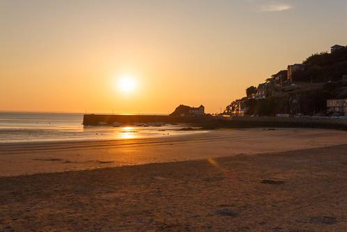 Port de Piégu au coucher de soleil