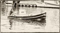 Presente y Futuro (candi...) Tags: familia mar barca padre hijo pescadores sonya77
