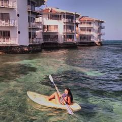 Mi modelo favorita aplicándole al Kayak (cosa que a mi no me funciono y gracias a Dios sólo fui vista por gente nn que no me conoce y que nunca jamás en la vida me reconocerá) #DonOsoTrip #DonOsoResidence #beach #sport