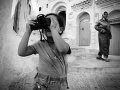 Malak and My Leica (Dani Zkymera) Tags: leica bw street chaouen chefchaouen