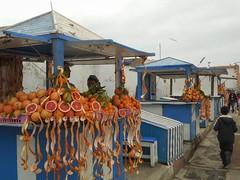 Selling grapefruit in Essaouira (Stinoo) Tags: essaouira marokko marocco grapefruit pamplemousse pompelmoes