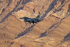 Sunrise Mountain Brilliance (planephotoman) Tags: generaldynamics f16 f16c fightingfalcon falcon viper lawndart wi rd 87289 870289 289 badger 176fs 115fw madisonwi wiang ang acc usaf redflag redflag171 414cts nellisafb lsv